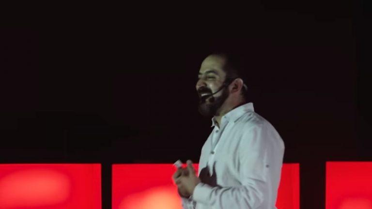 Por qué las industrias creativas son el nuevo petróleo | Felipe Buitrago | TEDxNEIVA