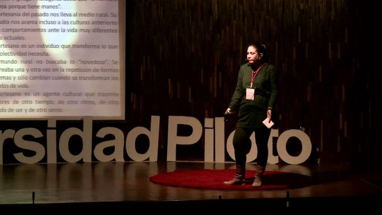 Artesanía e industria cultural | Silvana Navarro | TEDxUniversidadPiloto